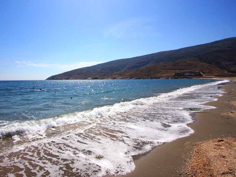 Best beaches in Andros: Ormos Korthiou beach