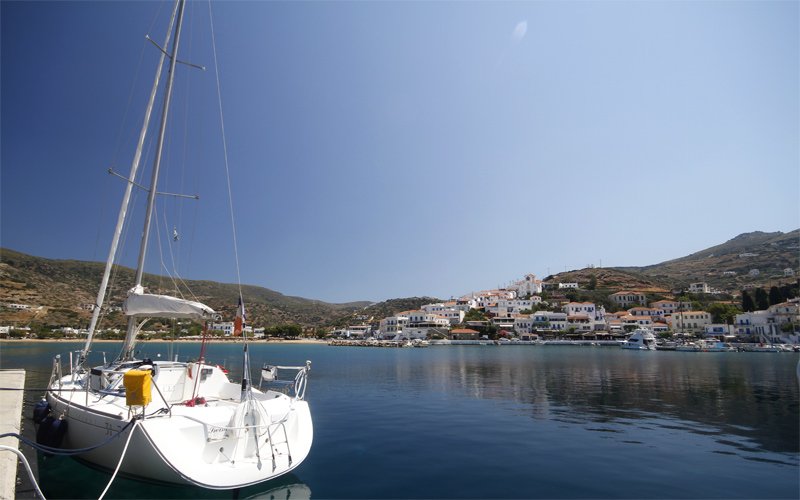 Two days in Andros: Batsi port